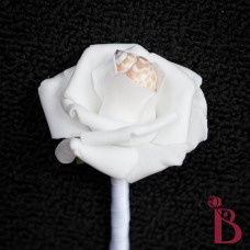 white wedding boutonniere with shell for beach wedding babylonia simple shell white rose